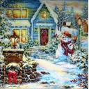 снеговик возле  дома
