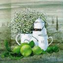натюрморт с белой посудой