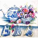 Синяя посуда к чаю