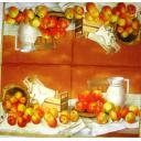 Кувшин и яблоки